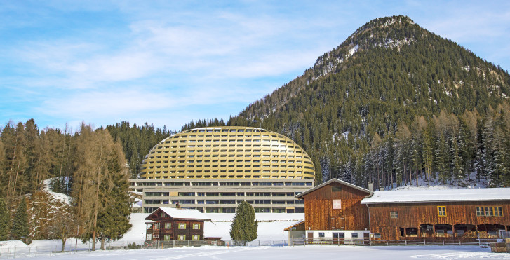 Image 9898252 - InterContinental Davos
