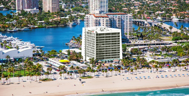 Image 15254878 - Courtyard Fort Lauderdale Beach