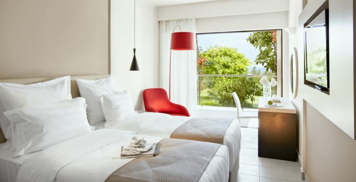 Chambre double avec vue sur le parc - MarBella Corfu