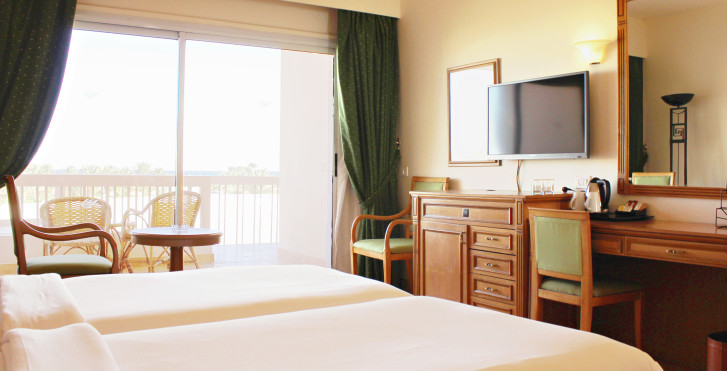 Doppelzimmer Main Building - Hurghada Long Beach Resort