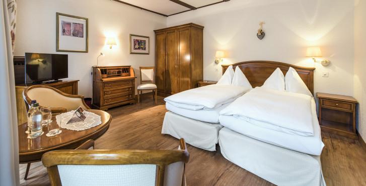 Doppelzimmer Classic Balkon - Sunstar Hotel Saas-Fee - Sommer inkl. Bergbahnen