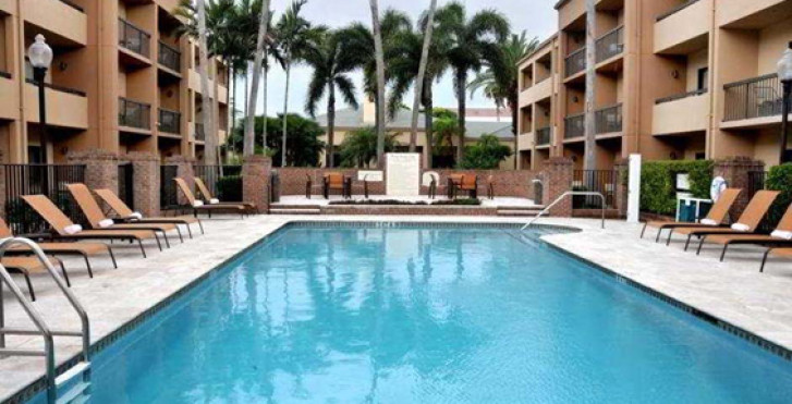 Image 12653089 - Courtyard by Marriott West Palm Beach