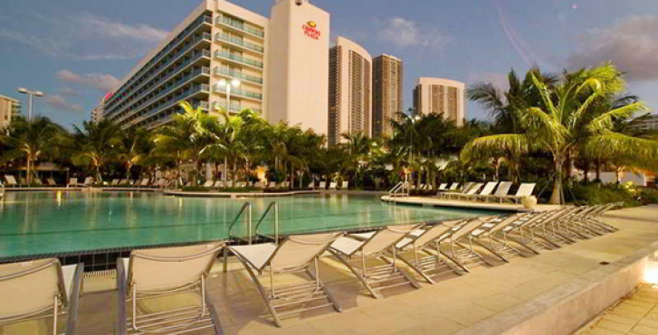 Crowne Plaza Hollywood Beach