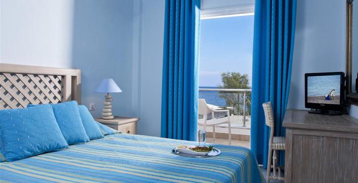 Image 12983093 - Alesahne Beach Hotel
