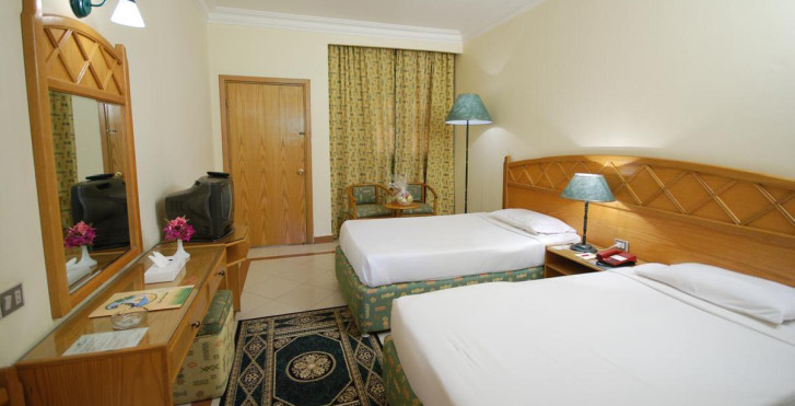 Image 13302203 - Dive Inn Resort