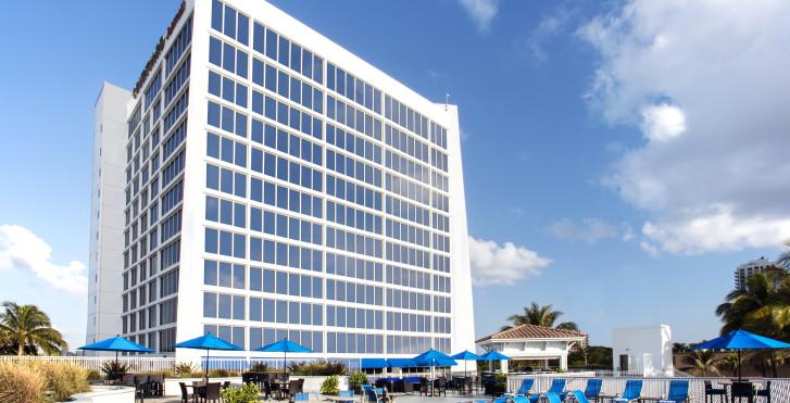 Image 27480678 - Courtyard Fort Lauderdale Beach