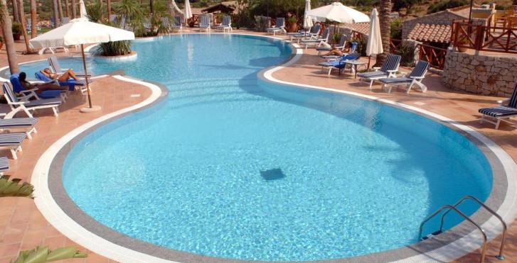 Image 28308036 - Cruccuris Resort