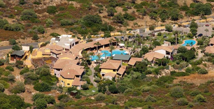 Image 28308037 - Cruccuris Resort