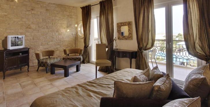 Image 22138457 - Hôtel Achtis