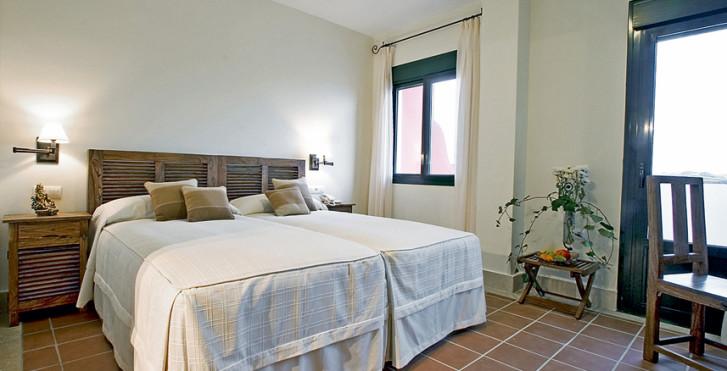 Image 7826367 - Hôtel Sindhura