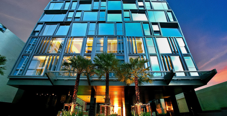 Galleria 10 Hotel (Formerly Ramada Encore Bangkok)