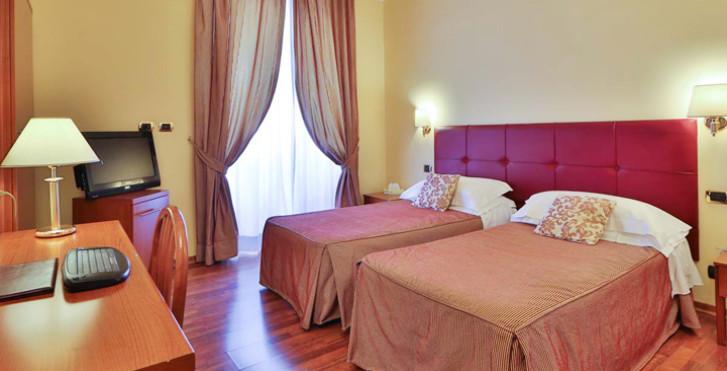 Image 26047294 - Hôtel Villafranca