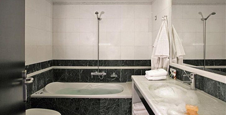 Image 7337113 - Majestic Hotel