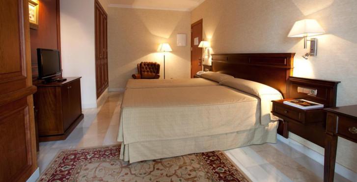 Bild 25163772 - Continental Hotel