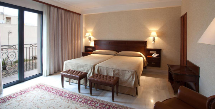 Bild 25163774 - Continental Hotel