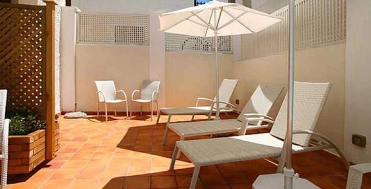 Image 18060826 - Hôtel Aeolis
