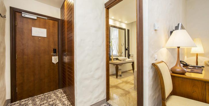 Image 23364090 - Savoy Boutique Hotel