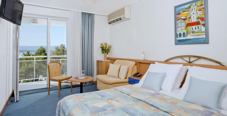 Doppelzimmer mit Balkon - Bluesun Hotel Borak