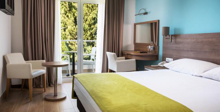 Hotel Astarea I & II