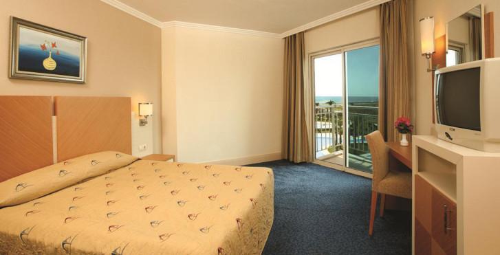 Bild 7273871 - Crystal Admiral Resort Suites & Spa