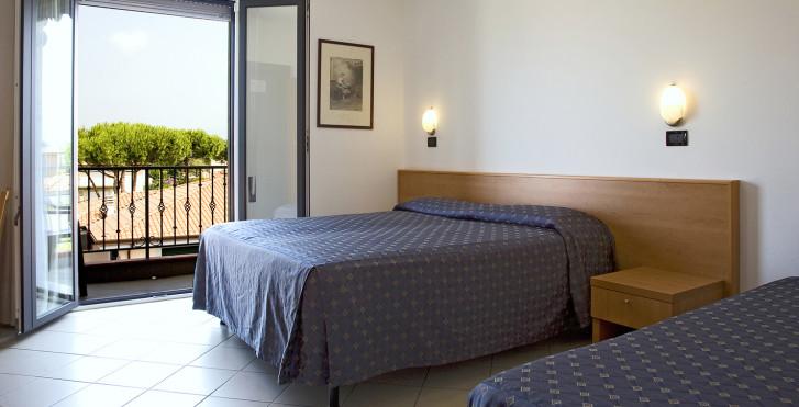 Image 15527877 - Hôtel Fortunella