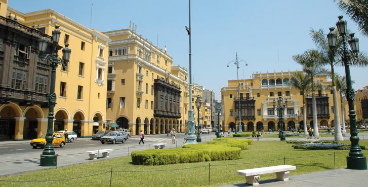 Plaza principal, Lima