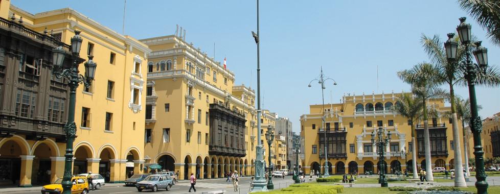 Las Americad Pardo Thunderbird, Lima - Vacances Migros