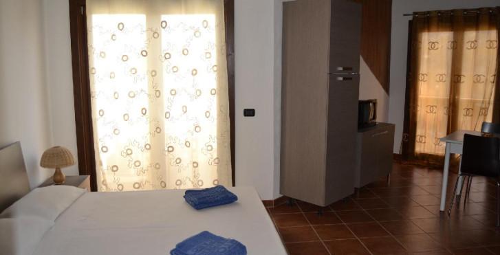 Image 16612812 - Porto Antigo Residence