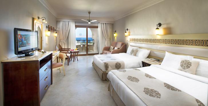 Doppelzimmer Superior - SUNRISE Arabian Beach Resort