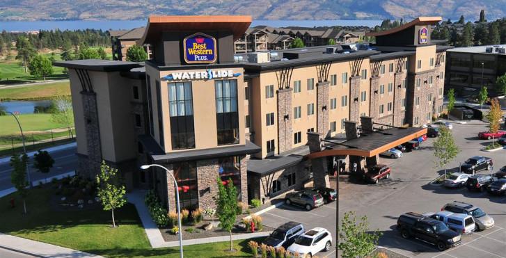 Bild 27935658 - Best Western Plus Wine Country Hotel & Suites