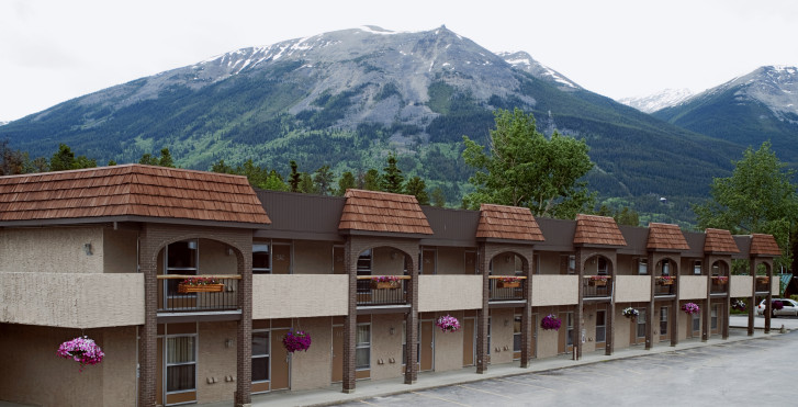 Image 34710173 - Lodge Maligne