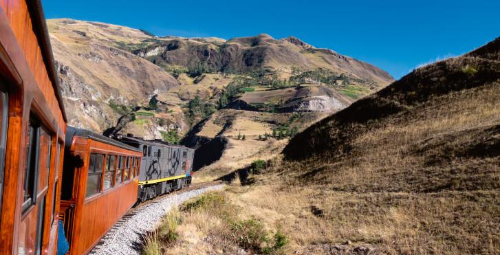 Chemin de fer qui relie «la Nariz del Diablo», Équateur