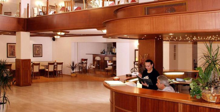 Image 25228037 - Hôtel Diana