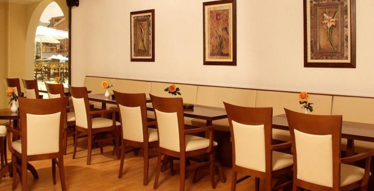 Image 25228021 - Hôtel Diana