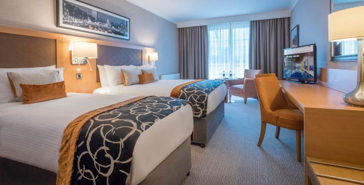 Image 32009137 - Clayton Hotel Cardiff Lane