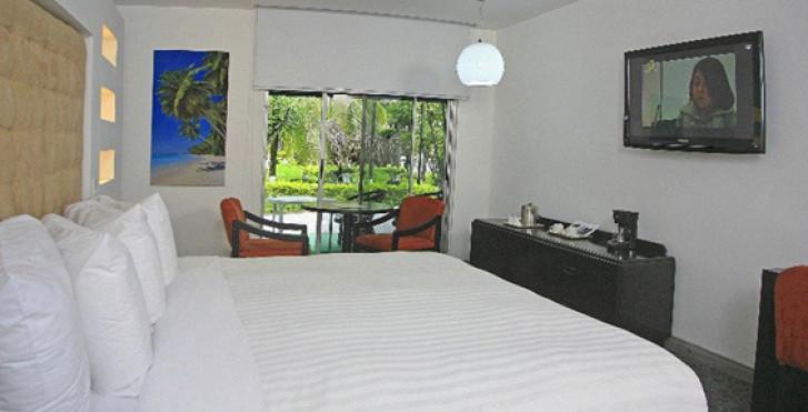 Image 17501717 - Riande Airport Hotel & Resort