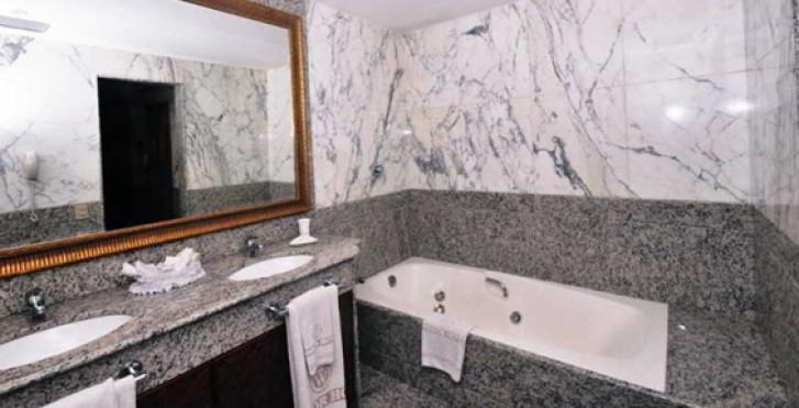 Image 13659900 - Windsor Guanabara Hotel