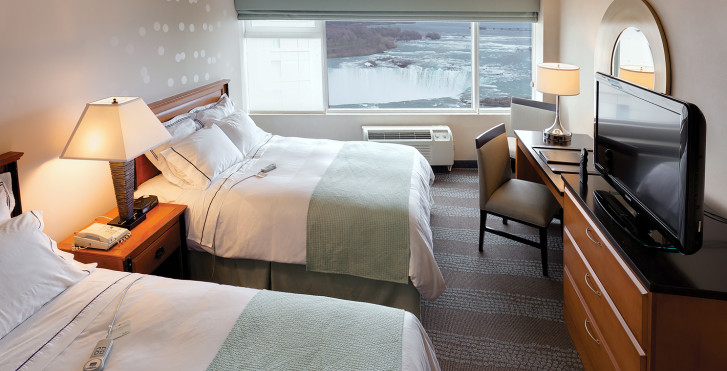 Fallsview Room - Radisson Hotel & Suites Fallsview