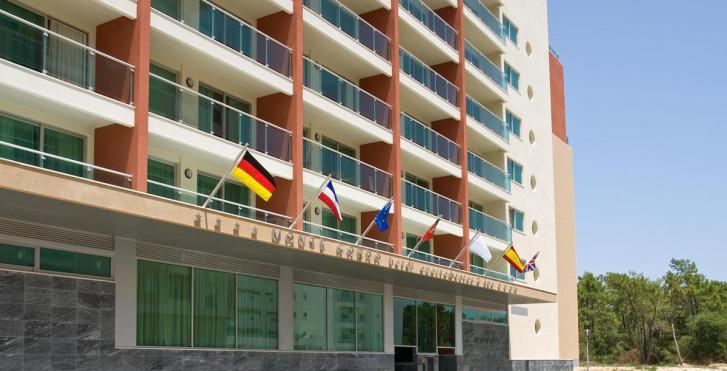 Image 18891971 - Monte Gordo Hotel Apartamentos & Spa