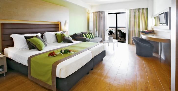 Exemple - Minoa Palace Resort & Spa