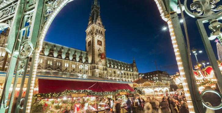 © www.mediaserver.hamburg - Holiday Inn Express Hamburg City Centre (offre spéciale marché de Noël)
