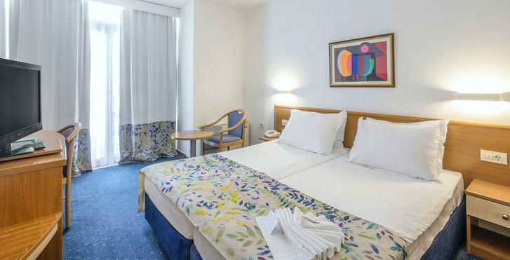 Image 28776216 - Bluesun Hotel Alga