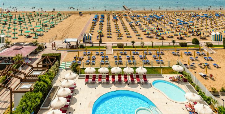Baia del Mar Beach Boutique Hotel