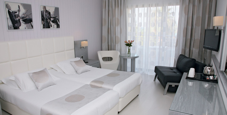 chambre double - St. George Spa & Beach Resort