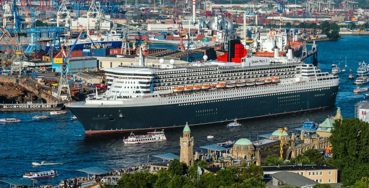 © www.mediaserver.hamburg.de, C. Spahrbie - Gresham Carat Hotel Hamburg (Queen Mary 2 trajet accompagné inclus))
