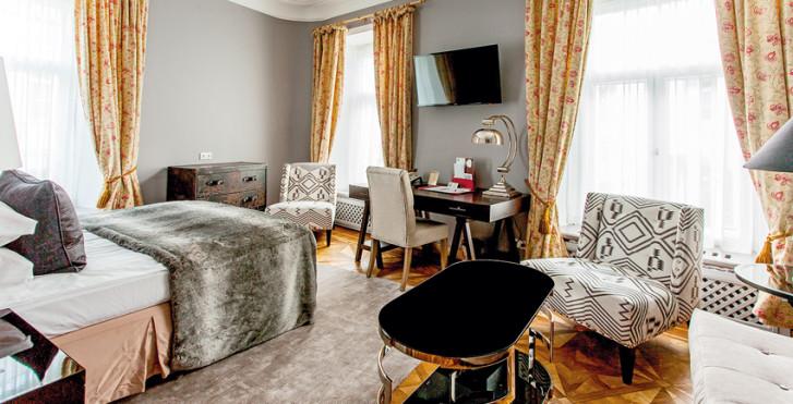 Suite Junior - Hôtel St. Petersbourg