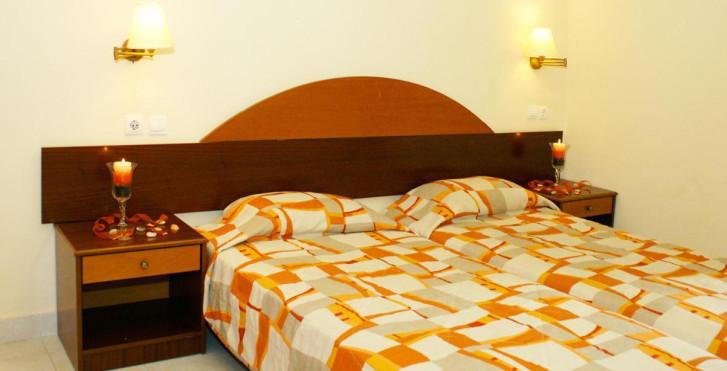 Image 23476584 - Marathon Hotel