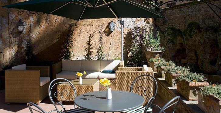 Image 7399567 - Rome Garden