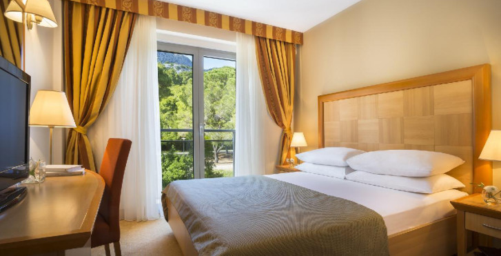 Image 24126441 - Aminess Grand Azur Hotel (ex. Grand Hotel Orebić)