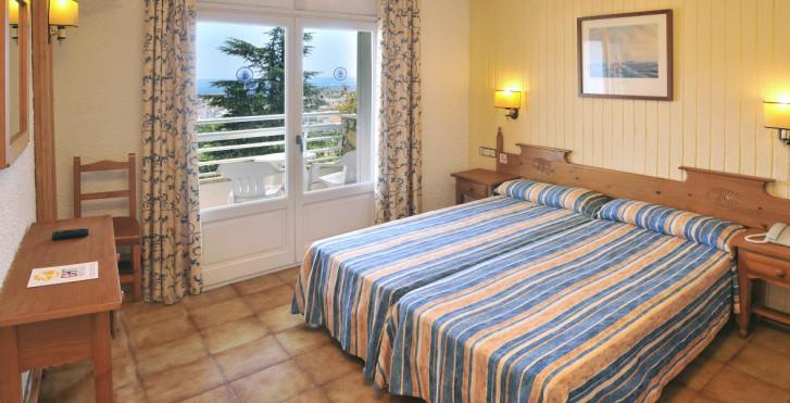 Bild 23952353 - Hotel GHT Neptuno